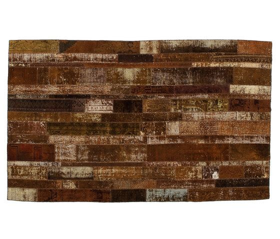 https://res.cloudinary.com/clippings/image/upload/t_big/dpr_auto,f_auto,w_auto/v1/product_bases/patchwork-restyled-brown-by-golran-1898-golran-1898-clippings-4154092.jpg