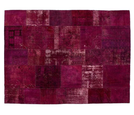 https://res.cloudinary.com/clippings/image/upload/t_big/dpr_auto,f_auto,w_auto/v1/product_bases/patchwork-wine-by-golran-1898-golran-1898-clippings-3969752.jpg
