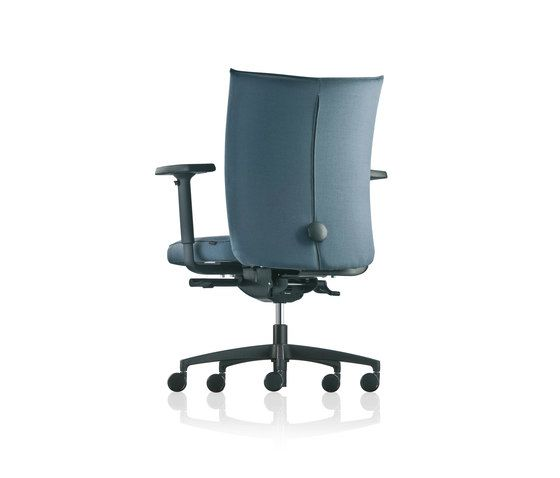 https://res.cloudinary.com/clippings/image/upload/t_big/dpr_auto,f_auto,w_auto/v1/product_bases/pharao-swivel-chair-by-froscher-froscher-sigurd-rothe-clippings-7647982.jpg