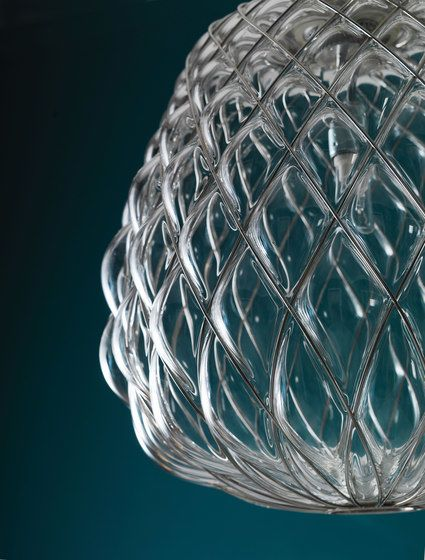 https://res.cloudinary.com/clippings/image/upload/t_big/dpr_auto,f_auto,w_auto/v1/product_bases/pinecone-suspension-lamp-by-fontanaarte-fontanaarte-paola-navone-clippings-6627622.jpg