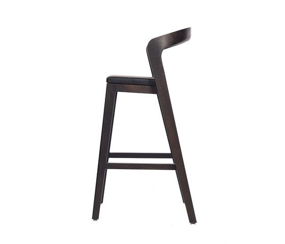Play Barstool High – Oak Stained with black calf leather cushion by Wildspirit by Wildspirit