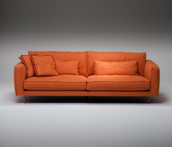 https://res.cloudinary.com/clippings/image/upload/t_big/dpr_auto,f_auto,w_auto/v1/product_bases/pleasure-sofa-by-linteloo-linteloo-clippings-7099132.jpg