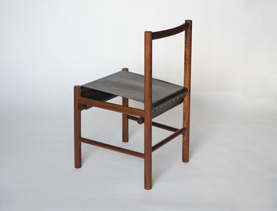 https://res.cloudinary.com/clippings/image/upload/t_big/dpr_auto,f_auto,w_auto/v1/product_bases/range-chair-by-fort-standard-fort-standard-gregory-buntain-ian-collings-clippings-3628662.jpg