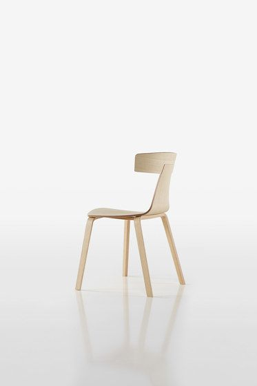 https://res.cloudinary.com/clippings/image/upload/t_big/dpr_auto,f_auto,w_auto/v1/product_bases/remo-chair-1415-10-by-plank-plank-konstantin-grcic-clippings-1773752.jpg