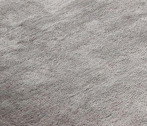 Revolution V moonrock, 200x300cm by Miinu