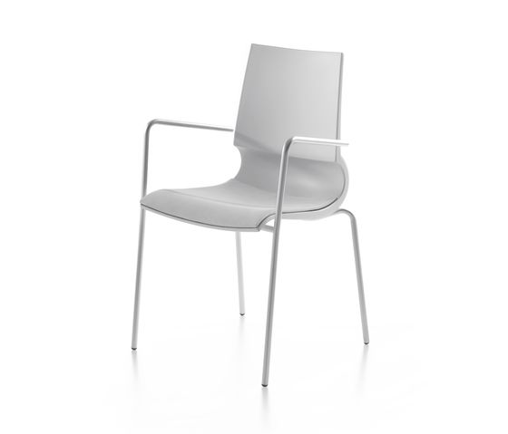 Ricciolina 4 legs with armrests/with seat cushion by Maxdesign by Maxdesign