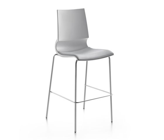Ricciolina High stool with seat cushion by Maxdesign by Maxdesign