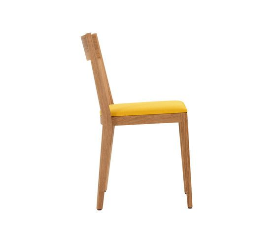 https://res.cloudinary.com/clippings/image/upload/t_big/dpr_auto,f_auto,w_auto/v1/product_bases/ro-chair-by-girsberger-girsberger-stefan-westmeyer-clippings-1756702.jpg