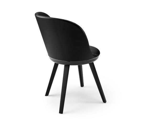 https://res.cloudinary.com/clippings/image/upload/t_big/dpr_auto,f_auto,w_auto/v1/product_bases/romy-chair-by-freifrau-sitzmobelmanufaktur-freifrau-sitzmobelmanufaktur-patrick-frey-clippings-2619682.jpg