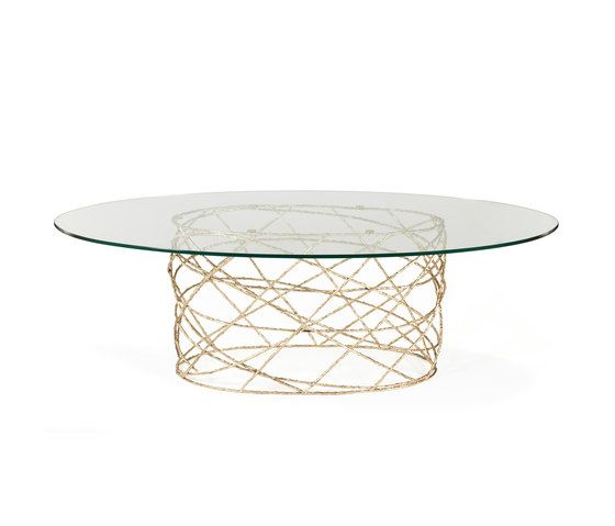 Rosebush | Oval Dining Table by GINGER&JAGGER by GINGER&JAGGER