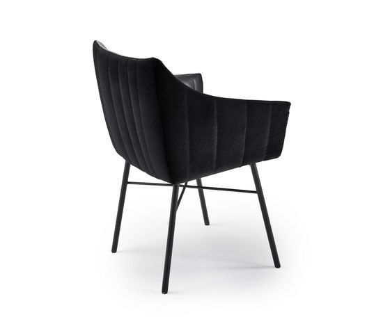https://res.cloudinary.com/clippings/image/upload/t_big/dpr_auto,f_auto,w_auto/v1/product_bases/rubie-side-chair-by-freifrau-sitzmobelmanufaktur-freifrau-sitzmobelmanufaktur-hauke-murken-sven-hansen-clippings-2285182.jpg