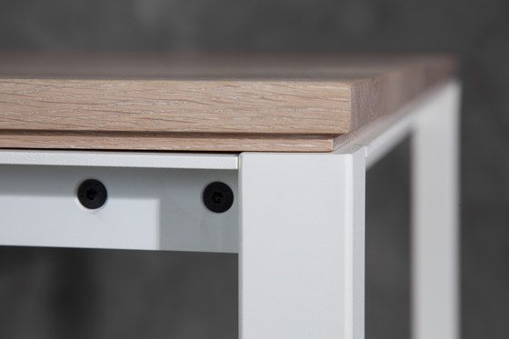 https://res.cloudinary.com/clippings/image/upload/t_big/dpr_auto,f_auto,w_auto/v1/product_bases/s-600-cpsdesign-bench-wood-by-janua-christian-seisenberger-janua-christian-seisenberger-claus-p-seipp-clippings-8340952.jpg