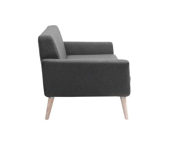 https://res.cloudinary.com/clippings/image/upload/t_big/dpr_auto,f_auto,w_auto/v1/product_bases/scope-sofa-by-softline-as-softline-as-robert-zoller-clippings-2177322.jpg