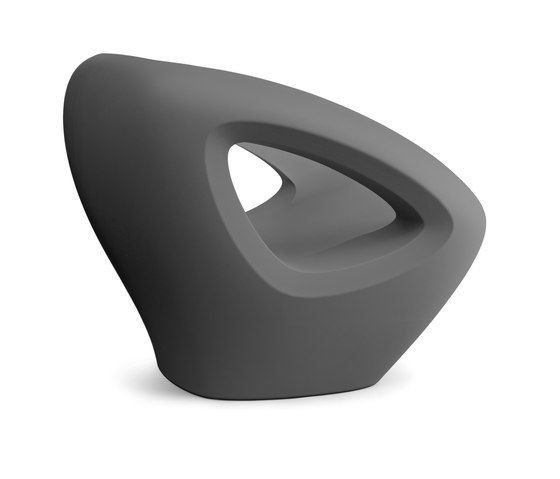 https://res.cloudinary.com/clippings/image/upload/t_big/dpr_auto,f_auto,w_auto/v1/product_bases/seaser-lounge-chair-by-lonc-lonc-rogier-waaijer-clippings-4579872.jpg