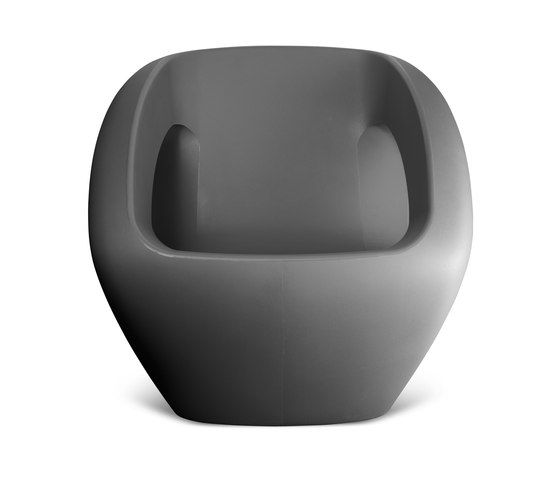 https://res.cloudinary.com/clippings/image/upload/t_big/dpr_auto,f_auto,w_auto/v1/product_bases/seaser-lounge-chair-by-lonc-lonc-rogier-waaijer-clippings-4579882.jpg
