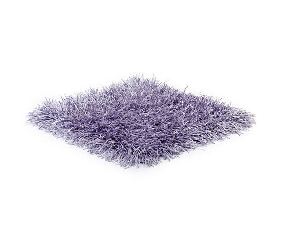 https://res.cloudinary.com/clippings/image/upload/t_big/dpr_auto,f_auto,w_auto/v1/product_bases/sg-polly-premium-outdoor-lavender-frost-by-kymo-kymo-clippings-3983762.jpg
