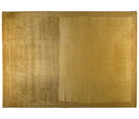 https://res.cloudinary.com/clippings/image/upload/t_big/dpr_auto,f_auto,w_auto/v1/product_bases/shadows-gold-by-golran-1898-golran-1898-isabella-sodi-clippings-5793482.jpg