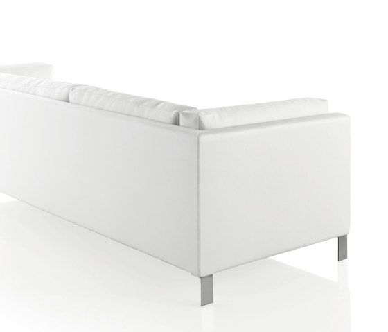 https://res.cloudinary.com/clippings/image/upload/t_big/dpr_auto,f_auto,w_auto/v1/product_bases/slim-sofa-by-expormim-expormim-clippings-7292762.jpg