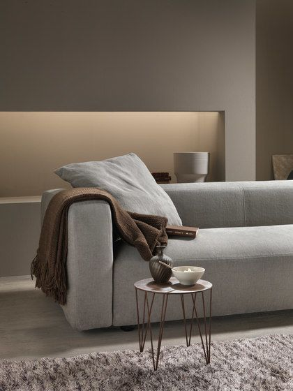 https://res.cloudinary.com/clippings/image/upload/t_big/dpr_auto,f_auto,w_auto/v1/product_bases/softly-sofa-by-my-home-collection-my-home-collection-enrico-cesana-clippings-5474642.jpg