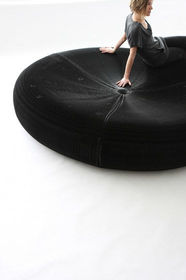 https://res.cloudinary.com/clippings/image/upload/t_big/dpr_auto,f_auto,w_auto/v1/product_bases/softseating-black-paper-softseating-lounger-by-molo-molo-stephanie-forsythe-todd-macallen-clippings-7203792.jpg