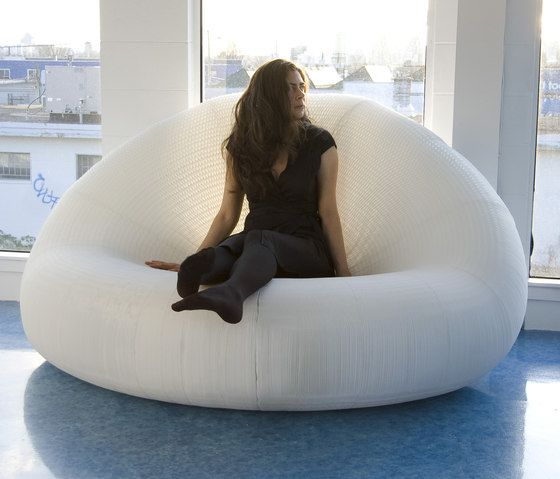 https://res.cloudinary.com/clippings/image/upload/t_big/dpr_auto,f_auto,w_auto/v1/product_bases/softseating-white-textile-lounger-by-molo-molo-stephanie-forsythe-todd-macallen-clippings-5794212.jpg