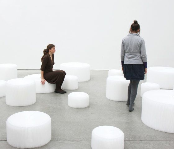 https://res.cloudinary.com/clippings/image/upload/t_big/dpr_auto,f_auto,w_auto/v1/product_bases/softseating-white-textile-softseating-by-molo-molo-stephanie-forsythe-todd-macallen-clippings-3212942.jpg
