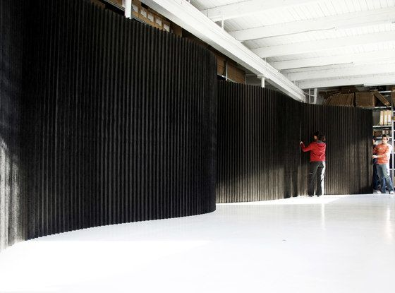 https://res.cloudinary.com/clippings/image/upload/t_big/dpr_auto,f_auto,w_auto/v1/product_bases/softwall-black-textile-by-molo-molo-stephanie-forsythe-todd-macallen-clippings-6649072.jpg