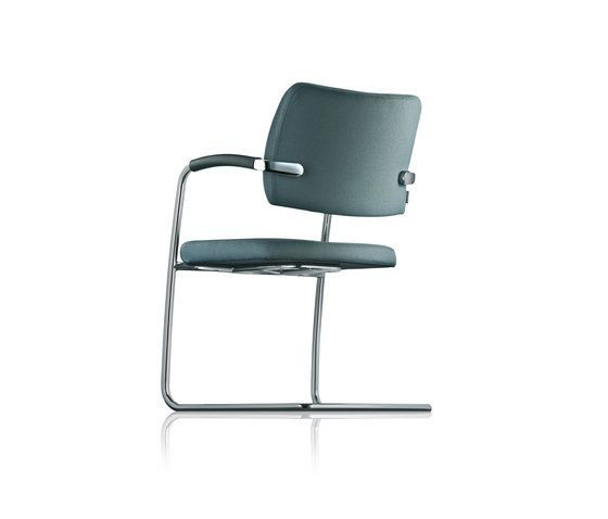 https://res.cloudinary.com/clippings/image/upload/t_big/dpr_auto,f_auto,w_auto/v1/product_bases/sona-cantilever-chair-by-froscher-froscher-paul-brooks-clippings-2310782.jpg