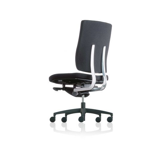 https://res.cloudinary.com/clippings/image/upload/t_big/dpr_auto,f_auto,w_auto/v1/product_bases/sona-swivel-chair-by-froscher-froscher-paul-brooks-clippings-7638122.jpg