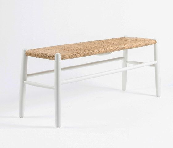 https://res.cloudinary.com/clippings/image/upload/t_big/dpr_auto,f_auto,w_auto/v1/product_bases/stipa-9082-bench-by-maiori-design-maiori-design-clippings-4244412.jpg