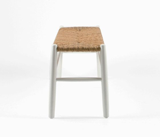 https://res.cloudinary.com/clippings/image/upload/t_big/dpr_auto,f_auto,w_auto/v1/product_bases/stipa-9082-bench-by-maiori-design-maiori-design-clippings-4244422.jpg