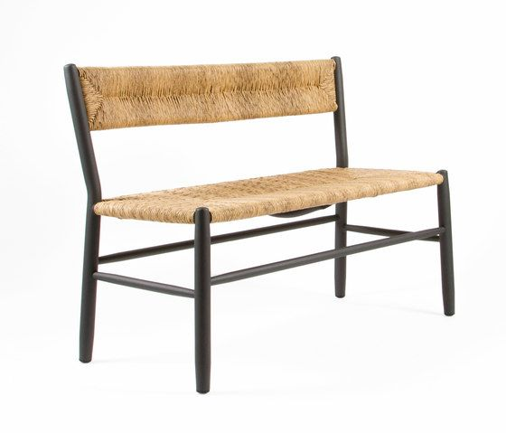 https://res.cloudinary.com/clippings/image/upload/t_big/dpr_auto,f_auto,w_auto/v1/product_bases/stipa-9086-bench-by-maiori-design-maiori-design-clippings-4243472.jpg