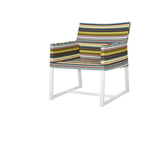 https://res.cloudinary.com/clippings/image/upload/t_big/dpr_auto,f_auto,w_auto/v1/product_bases/stripe-casual-chair-horizontal-by-mamagreen-mamagreen-clippings-8154932.jpg