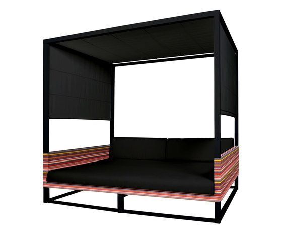 https://res.cloudinary.com/clippings/image/upload/t_big/dpr_auto,f_auto,w_auto/v1/product_bases/stripe-daybed-by-mamagreen-mamagreen-clippings-4329672.jpg