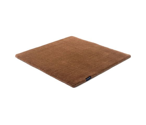 https://res.cloudinary.com/clippings/image/upload/t_big/dpr_auto,f_auto,w_auto/v1/product_bases/suite-sthlm-wool-brown-by-kymo-kymo-clippings-6161012.jpg