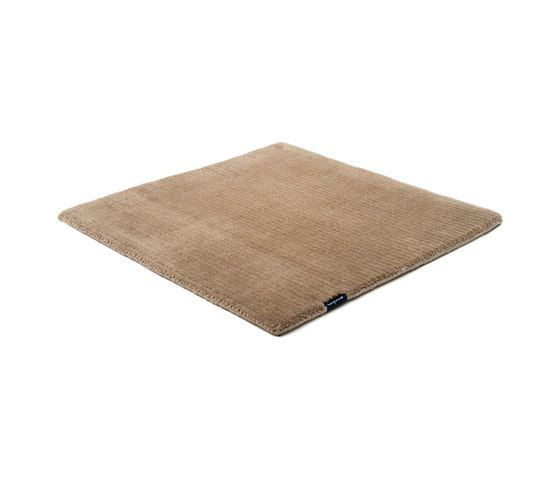 https://res.cloudinary.com/clippings/image/upload/t_big/dpr_auto,f_auto,w_auto/v1/product_bases/suite-sthlm-wool-dark-taupe-by-kymo-kymo-clippings-6006362.jpg