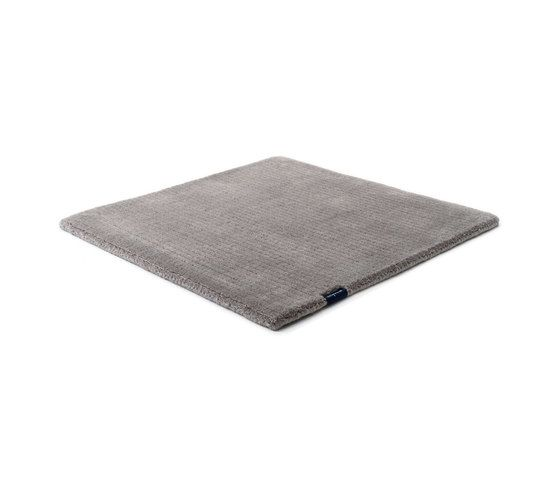 https://res.cloudinary.com/clippings/image/upload/t_big/dpr_auto,f_auto,w_auto/v1/product_bases/suite-sthlm-wool-grey-sky-by-kymo-kymo-clippings-6131662.jpg