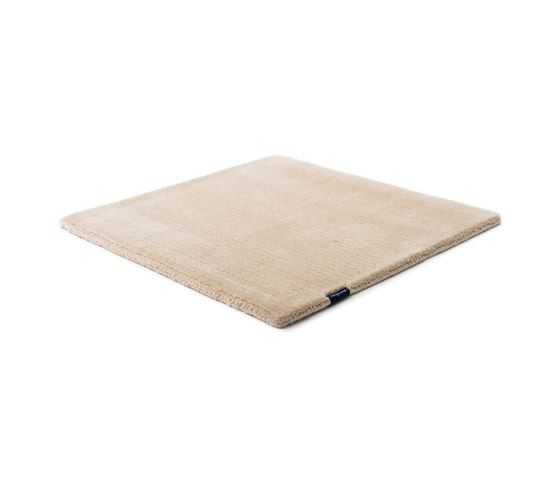 https://res.cloudinary.com/clippings/image/upload/t_big/dpr_auto,f_auto,w_auto/v1/product_bases/suite-sthlm-wool-light-beige-by-kymo-kymo-clippings-5686152.jpg