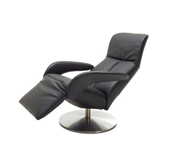 https://res.cloudinary.com/clippings/image/upload/t_big/dpr_auto,f_auto,w_auto/v1/product_bases/symphony-armchair-by-jori-jori-clippings-6431022.jpg