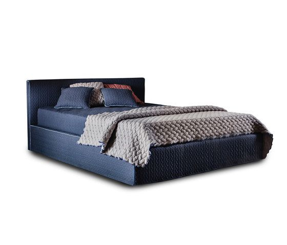 Tangram 3600 Bed by Vibieffe by Vibieffe