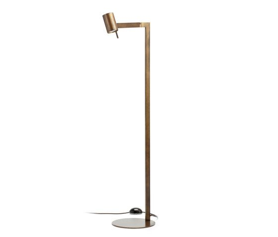 https://res.cloudinary.com/clippings/image/upload/t_big/dpr_auto,f_auto,w_auto/v1/product_bases/texus-led-floor-lamp-by-christine-kroncke-christine-kroncke-michael-raasch-clippings-5430242.jpg