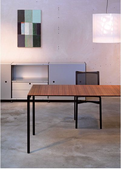 https://res.cloudinary.com/clippings/image/upload/t_big/dpr_auto,f_auto,w_auto/v1/product_bases/thesis-by-atelier-alinea-atelier-alinea-clippings-5086482.jpg