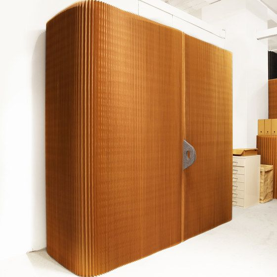 https://res.cloudinary.com/clippings/image/upload/t_big/dpr_auto,f_auto,w_auto/v1/product_bases/thinwall-natural-brown-paper-by-molo-molo-stephanie-forsythe-todd-macallen-clippings-6625342.jpg