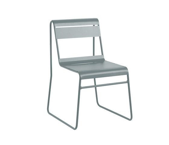 https://res.cloudinary.com/clippings/image/upload/t_big/dpr_auto,f_auto,w_auto/v1/product_bases/toscana-chair-by-isi-mar-isi-mar-clippings-6275932.jpg