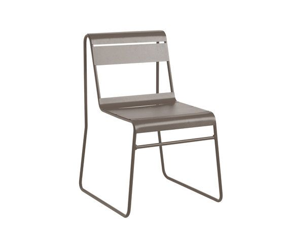 https://res.cloudinary.com/clippings/image/upload/t_big/dpr_auto,f_auto,w_auto/v1/product_bases/toscana-chair-by-isi-mar-isi-mar-clippings-6276012.jpg