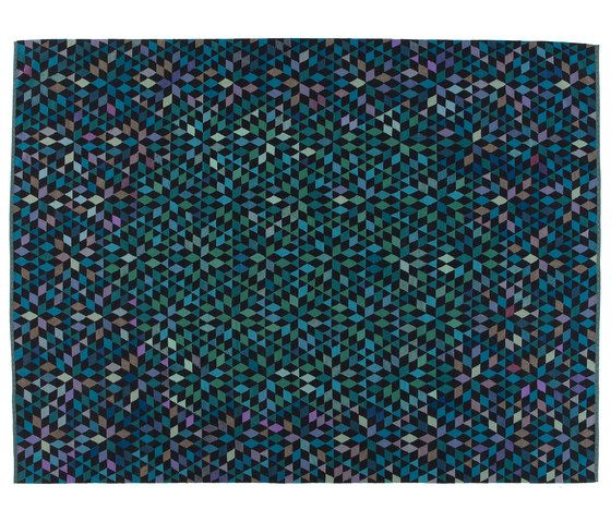 https://res.cloudinary.com/clippings/image/upload/t_big/dpr_auto,f_auto,w_auto/v1/product_bases/triangles-diamond-medallion-blue-green-by-golran-1898-golran-1898-bertjan-pot-clippings-6755942.jpg