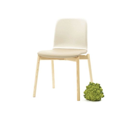 https://res.cloudinary.com/clippings/image/upload/t_big/dpr_auto,f_auto,w_auto/v1/product_bases/two-tone-chair-by-discipline-discipline-ichiro-iwasaki-clippings-2651212.jpg