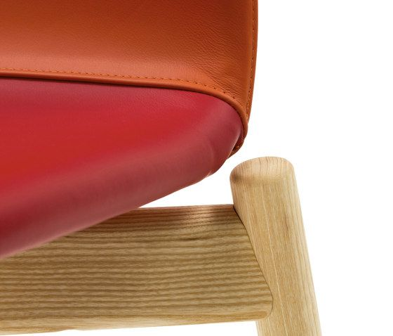 https://res.cloudinary.com/clippings/image/upload/t_big/dpr_auto,f_auto,w_auto/v1/product_bases/two-tone-chair-by-discipline-discipline-ichiro-iwasaki-clippings-2651322.jpg
