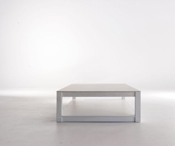 https://res.cloudinary.com/clippings/image/upload/t_big/dpr_auto,f_auto,w_auto/v1/product_bases/vital-coffee-table-by-mobilfresno-alternative-mobilfresno-alternative-joan-lao-clippings-3764542.jpg