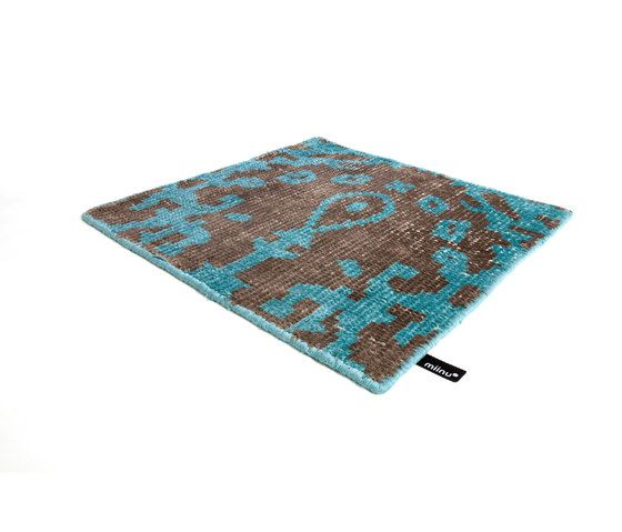 https://res.cloudinary.com/clippings/image/upload/t_big/dpr_auto,f_auto,w_auto/v1/product_bases/vivid-vol-i-coffee-brown-peacock-blue-by-miinu-miinu-clippings-6240952.jpg